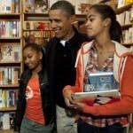 Barack Obama na zakupach w księgarni