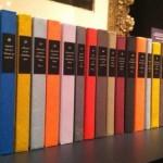 Odtworzono atrapy książek należące do Dickensa