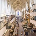 XV-wieczna holenderska katedra została przemieniona w księgarnię