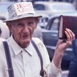 """Biblia, """"Przemineło z wiatrem"""" i """"Harry Potter"""" na szczycie listy ulubionych książek Amerykanów"""