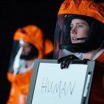 """""""Nowy początek"""" – premiera thrillera science fiction na podstawie """"Historii twojego życia"""" Teda Chianga"""