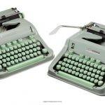 """Larry McMurtry sprzedaje maszyny, na których napisał powieść """"Na południe od Brazos"""""""