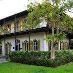 Pracownicy muzeum Hemingwaya nie opuścili Key West. Wbrew zaleceniom, woleli przeczekać huragan Irma na miejscu, opiekując się domem pisarza i jego kotami