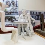 W Radomiu stanie rzeźba Witolda Gombrowicza