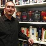 James Dashner porzucony przez agenta literackiego i wydawcę po anonimowych oskarżeniach o molestowanie seksualne