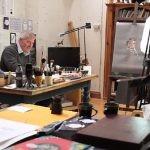 """Chris Riddell opatrzył własny egzemplarz """"Mitologii nordyckiej"""" Gaimana ilustracjami. Fani domagają się wydania książki"""