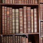 Handlarze i kolekcjonerzy rzadkich książek znaleźli nowy sposób na ochronę swoich zbiorów: syntetyczne DNA