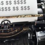Nowy ranking najlepiej zarabiających pisarzy. Po raz pierwszy od 11 lat w zestawieniu znalazł się dziennikarz