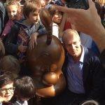 Pomnik z brązu przedstawiający Titeufa stanął przed szkołą, której uczniowie zainspirowali Zepa do stworzenia komiksu