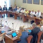 Mikołów za bardzo promuje Rafała Wojaczka? Na Radzie Miasta dyskutowano o życiu i twórczości poety