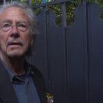 Peter Handke skomentował przyznanie mu Nobla. Matki Srebrenicy domagają się odebrania pisarzowi nagrody