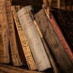 """Naukowcy z Portugalii stworzyli """"elektroniczny nos"""" do wąchania starych książek i oceny ich stanu"""