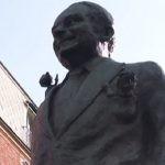 W Paryżu odsłonięto pomnik René Goscinnego. Przedstawia pisarza w towarzystwie jego najsłynniejszych bohaterów