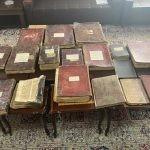 W Mosulu odzyskano zabytkowe chrześcijańskie księgi skradzione przez dżihadystów z tzw. Państwa Islamskiego