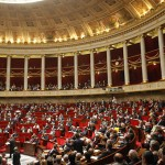 Francja odbiera prawa autorskie pisarzom
