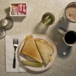 Uchwycono aparatem posiłki z klasycznych powieści