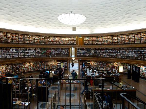 Biblioteka Publiczna w Sztokholmie (Szwecja)