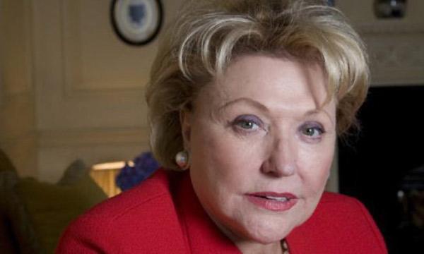 Barbara Bradford kontra 50 twarzy