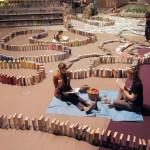 Padł rekord: najdłuższe domino utworzone z książek