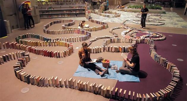najdluższe domino z książek
