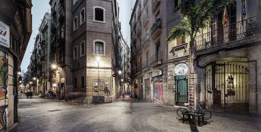 Budynek przy ulicy Calle Tallers 45 w Barcelonie, gdzie przez pewien czas mieszkał Bola?o.