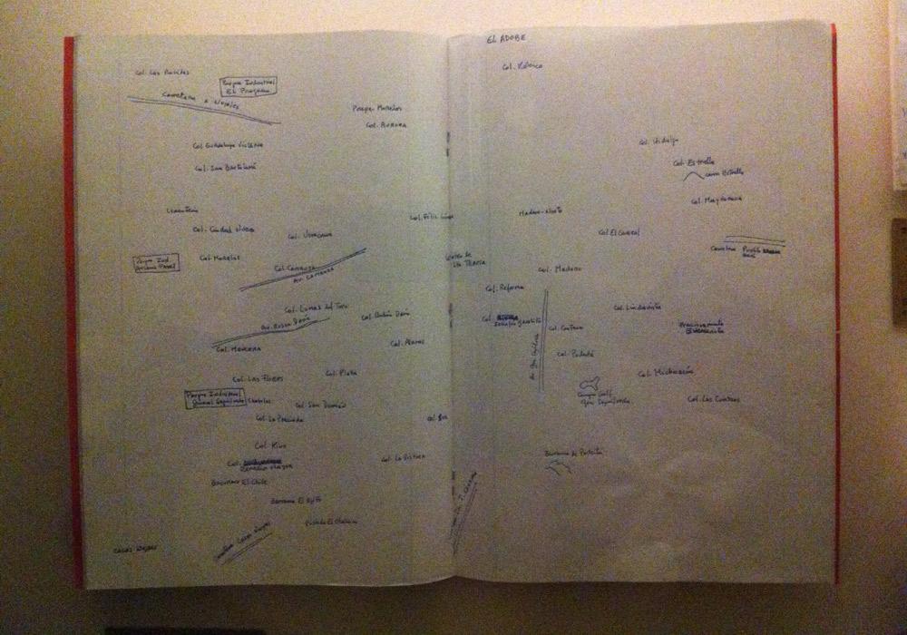 """Mapa Santa Teresa, fikcyjnej miejscowości, w której Bola?o umieścił akcję """"2666""""."""