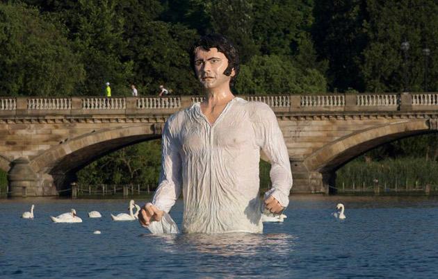 """posąg pana Darcy'ego z """"Dumy i uprzedzenia"""""""