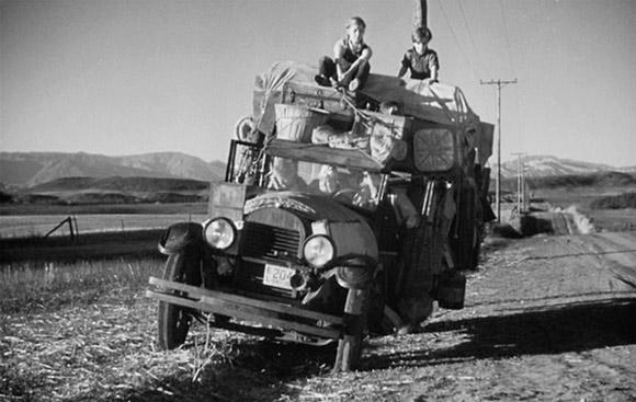 """kadr z adaptacji filmowej """"Gron gniewu"""" Johna Forda z 1940 roku"""
