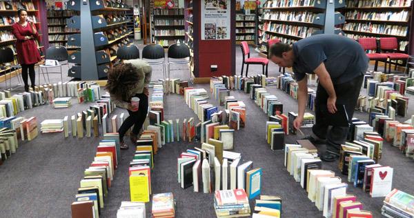książkowe domino rekord - 2