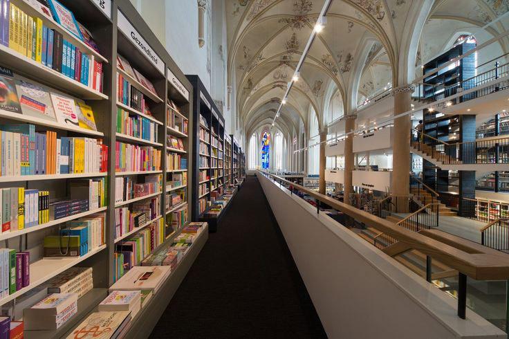 księgarnia w holenderskiej katedrze - 5