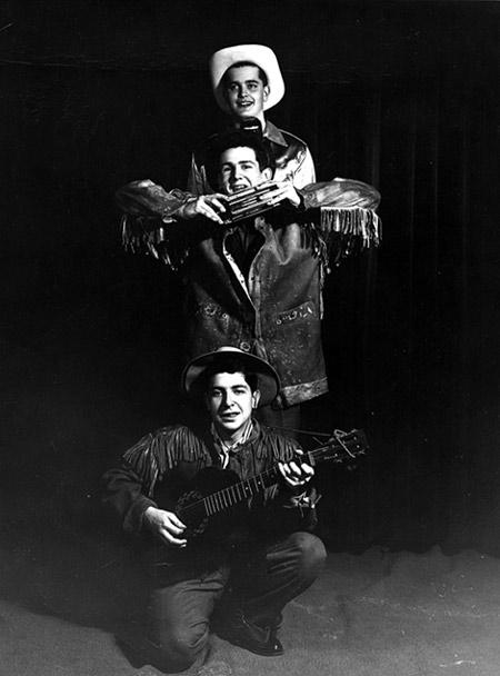 The Buckskins Boys - Chłopcy z Koźlej Skórki: Terry Davis, Mike Doddman i Leonard, 1952