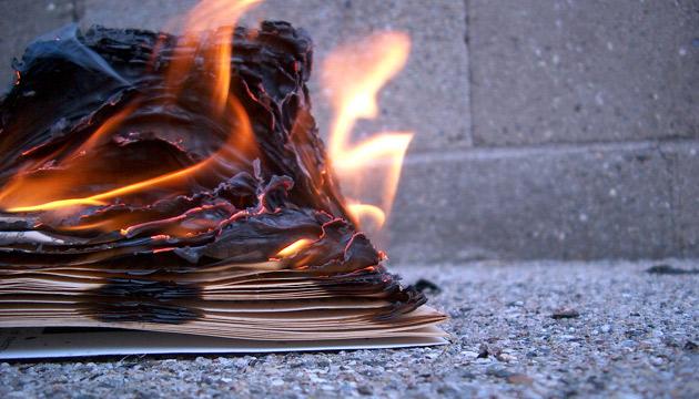 6 książek, które ocalały przed ogniem