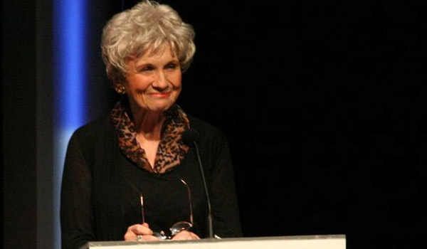 Alice Munro dziekuje za Nobla