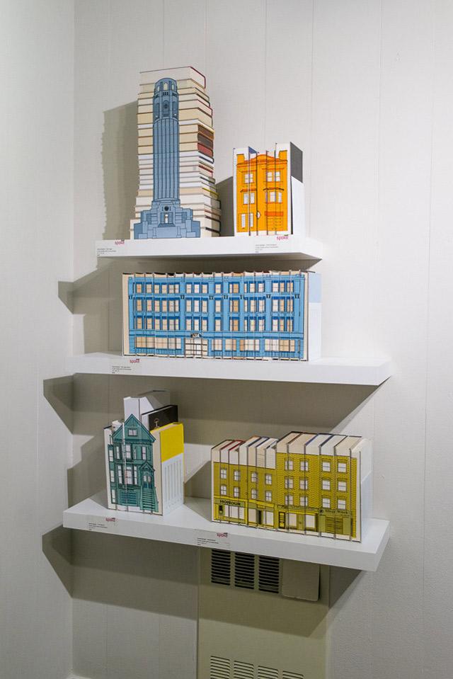budynki na książkach - 01