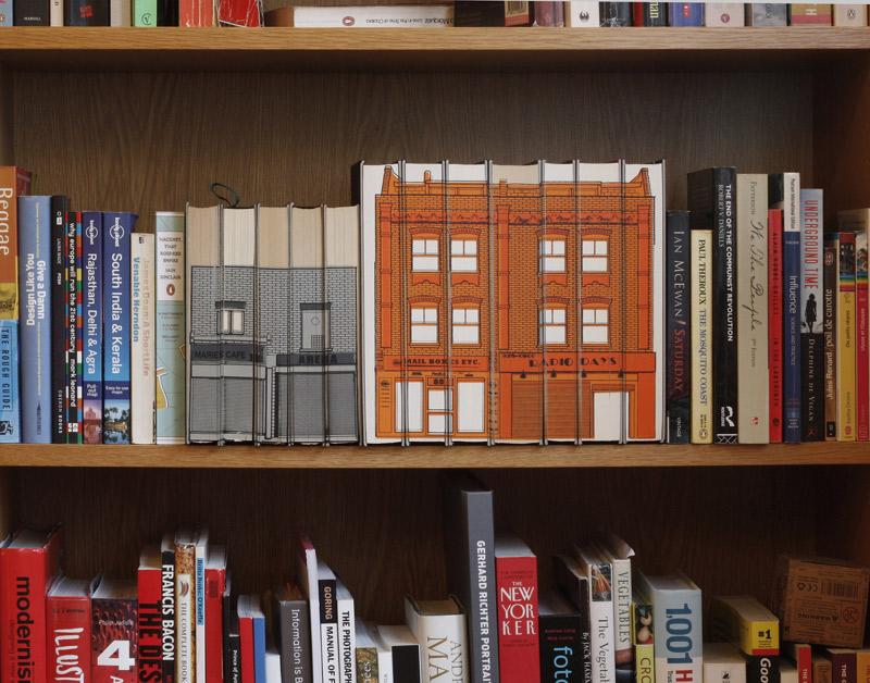 budynki na książkach - 02