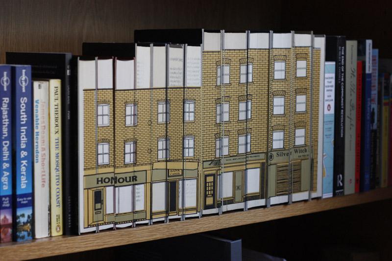 budynki na książkach - 14