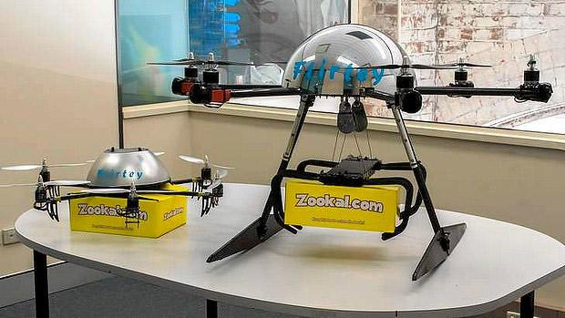 drony dostarczą książki