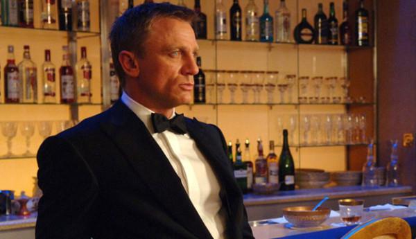 Bond-alkoholik