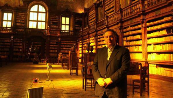 De Caro - złodziej książek