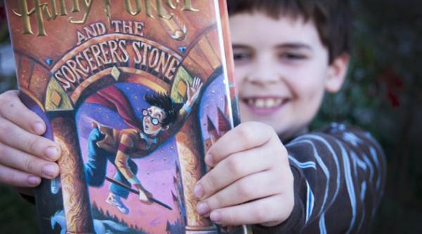 dzieci-czytaja-fantastyke
