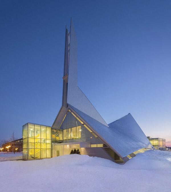 biblioteka-kosciol-kanada-8