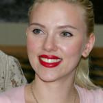 Scarlett Johansson wygrała proces przeciwko pisarzowi, ale tylko połowicznie