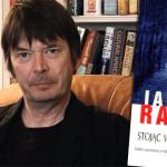 """John Rebus powraca – początek kryminału """"Stojąc w cudzym grobie"""" Iana Rankina"""