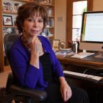 Jestem jedną stopą w Chile, a drugą w Kalifornii ? wywiad z Isabel Allende