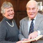 Były uczeń oddał książkę do szkolnej biblioteki 65 lat po terminie