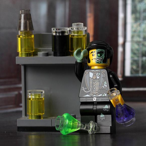 dr-jekyll-pan-hyde-lego