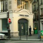 """6 pisarzy zrzeszonych w PEN Clubie nie chce nagrody dla """"Charlie Hebdo"""". Rushdie nazywa ich """"cykorami"""""""