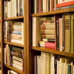 Dzisiaj obchodzimy Światowy Dzień Książki i Praw Autorskich. Czytelników czekają promocje, wydarzenia, rabaty