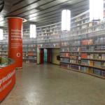 Stacja metra w Bukareszcie przemieniona w wirtualną księgarnię