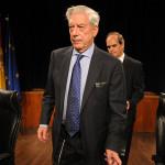 Mario Vargas Llosa dementuje, jakoby sprzedał historię swojego romansu magazynowi plotkarskiemu